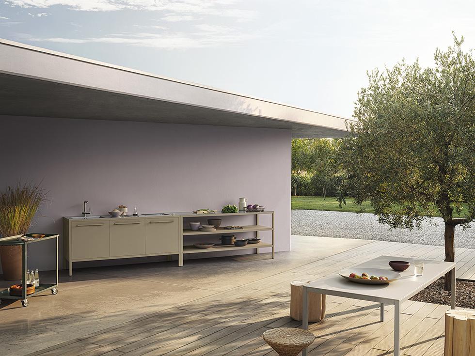_Frame_Kitchen_Outdoor